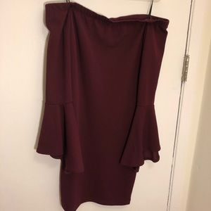 Guess - Strapless Bell Sleeve dress